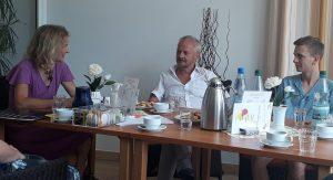 Gespräch im Seniorenzentrum Laubenhof